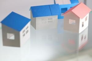 L字型とコの字型はどちらの家が良いか画像