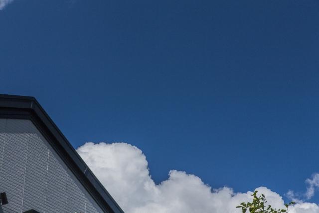石粒付ガルバリウムを屋根に使うリスク画像