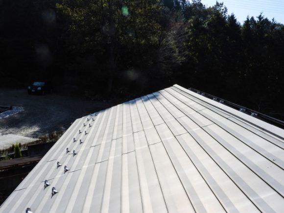 ステンレス屋根材イメージ画像