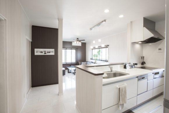 注文住宅  間取り 対面式キッチン 壁付けキッチンイメージ画像